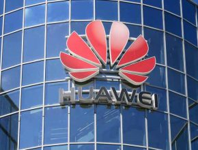 Huawei вышел на 1 место